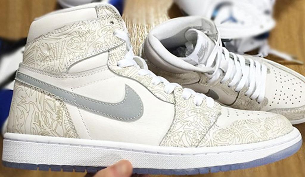 Mens Air Jordan 4 IV) Retro High Black White shoes