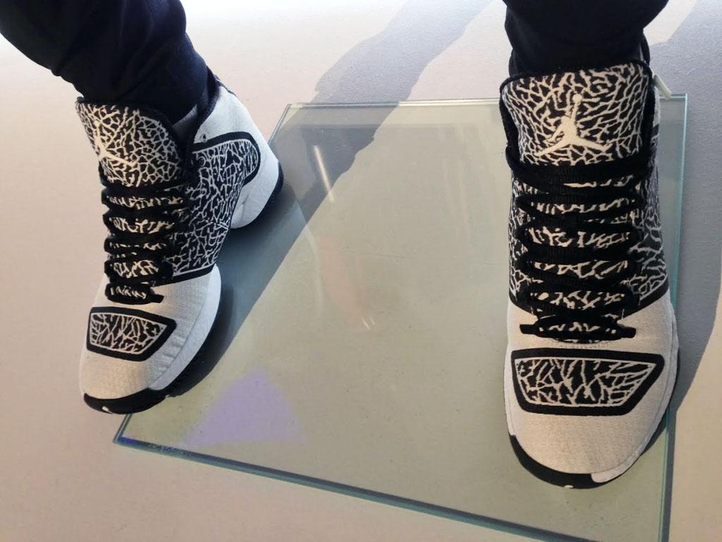 buy online 53ea3 7acc5 Air Jordan XX9 29 Black White Elephant 695515-070 (2)