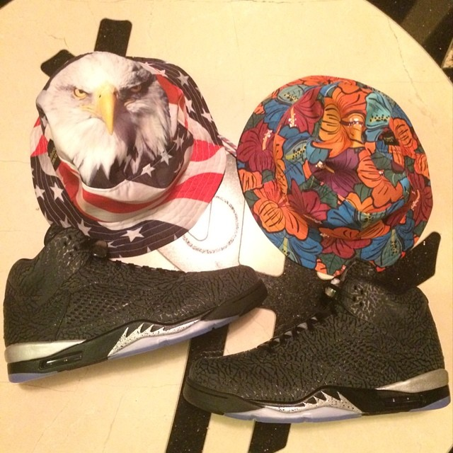 Rip Hamilton Picks Up Air Jordan 3Lab5 Metallic
