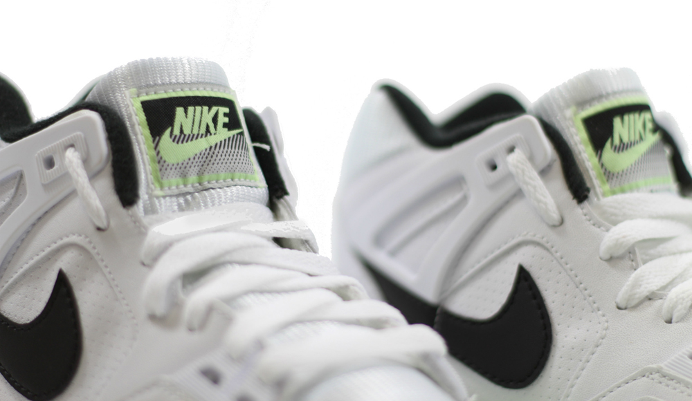official photos a823f 6b073 Nike Air Tech Challenge II Style    318408-103