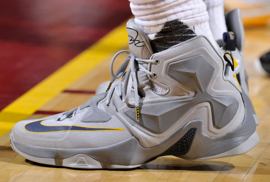 6546591345d48 LeBron James Grey Cavs Nike LeBron 13 PE (1)