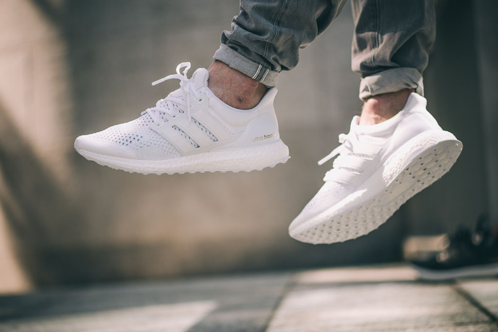 Kanye West Hasn T Worn This All White Adidas Ultra Boost