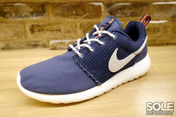 sports shoes 18124 40f25 purchase roshe run orange navy blue 2e529 cc5d0