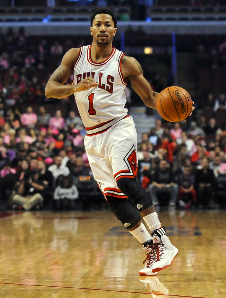 Derrick Rose wearing adidas D Rose 5 Boost Home (1)