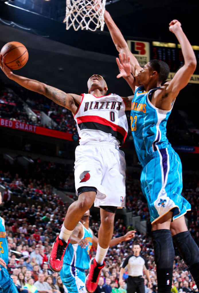 Damian Lillard Hits Game Winner in adidas Rose 773 (4)