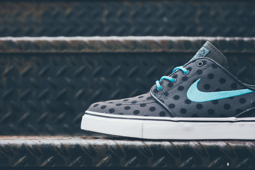 ... via this straightforward polka dot look. The Nike SB Zoom Stefan Janoski  release in question is already available now at accounts like Sneaker  Politics.
