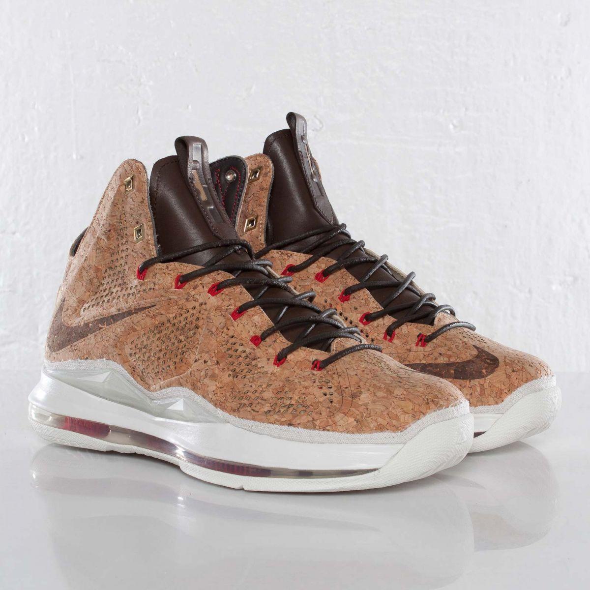 brand new bb204 5b726 Nike LeBron X EXT