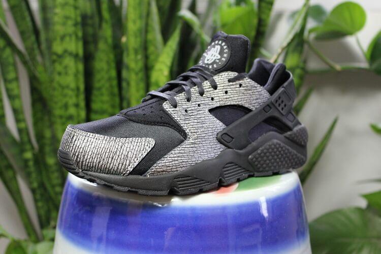 edf3c41922 Triple Black  Nike Air Huaraches Get a Shiny Upgrade