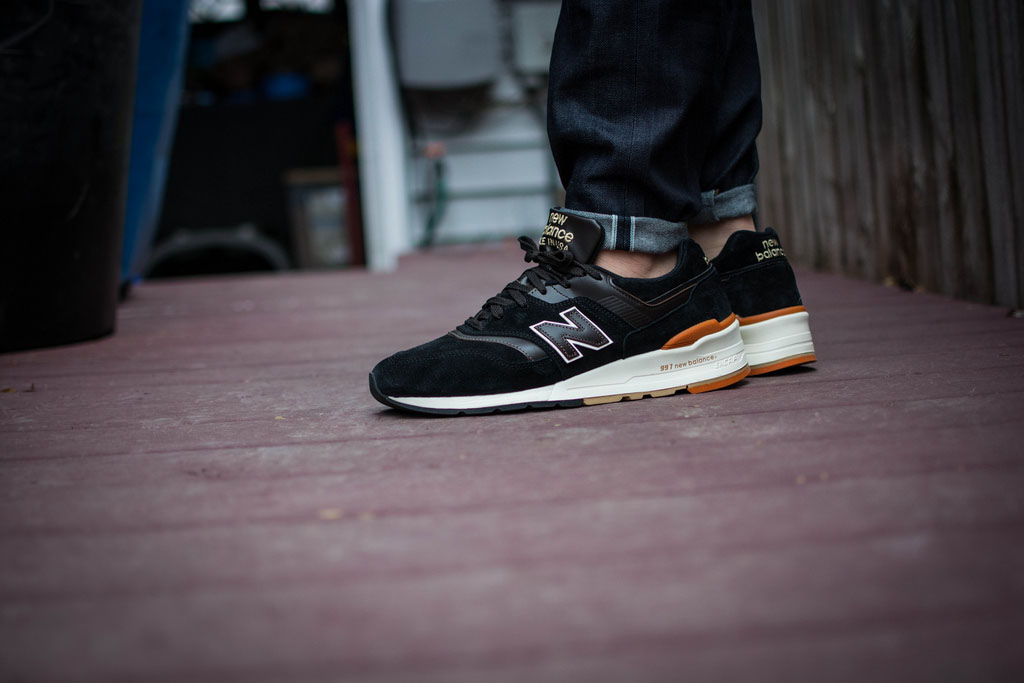 Geee_Arrr wearing the 'Author's Collection' New Balance 997