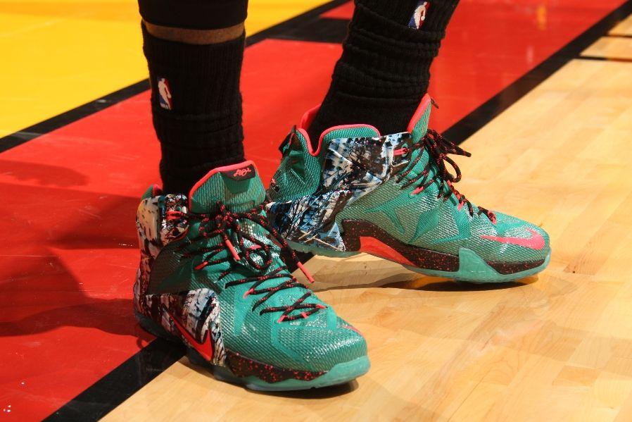 premium selection 6930d e3188 LeBron James wearing Nike LeBron XII 12 Akron Birch (7)