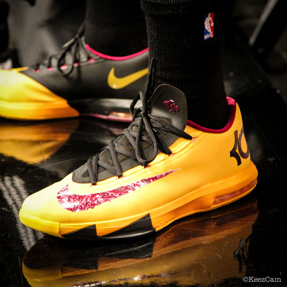 SoleWatch // Up Close At Barclays for Nets vs Lakers - Shawne Williams wearing Nike KD 6 Peanut Butter & Jelly