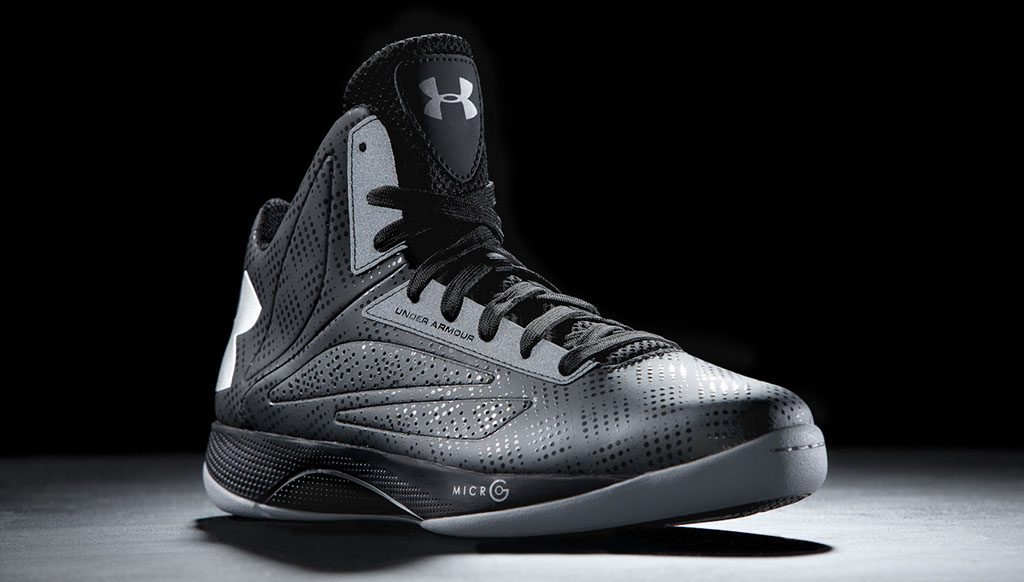 Under Armour Micro G Torch Black Silver (1)