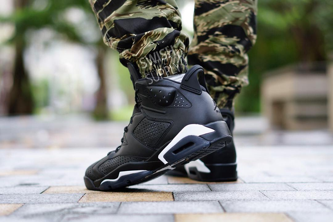 Black Cat Jordan 6 On-Foot Heel