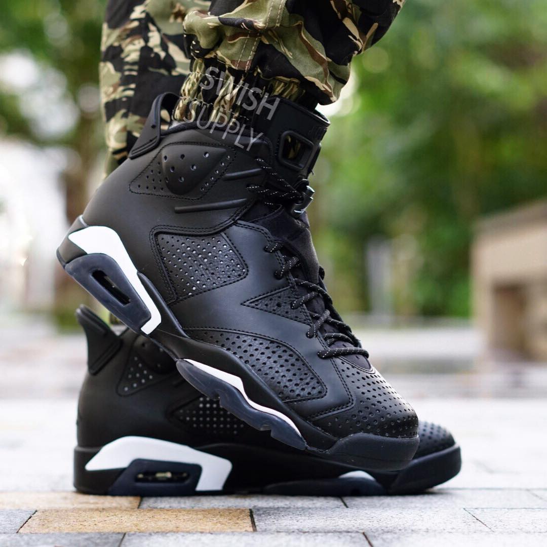 Black Cat Jordan 6 On-Foot Toe