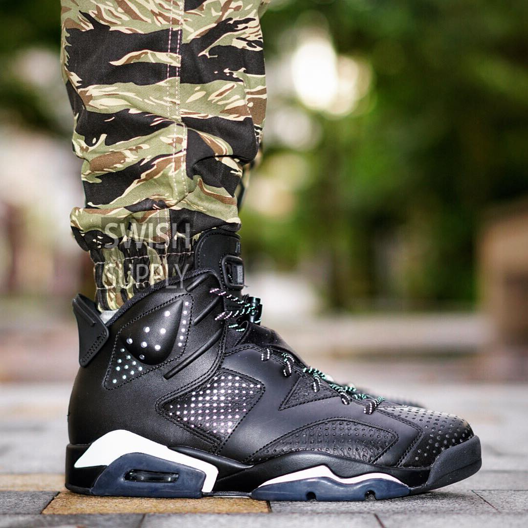 best sneakers 8e88d 85d47 Black Cat Jordan 6 On-Foot Flash