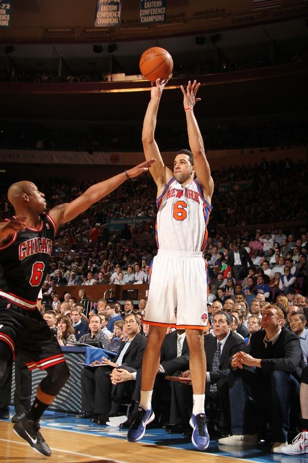 Landry Fields wearing the Nike Zoom Kobe VI