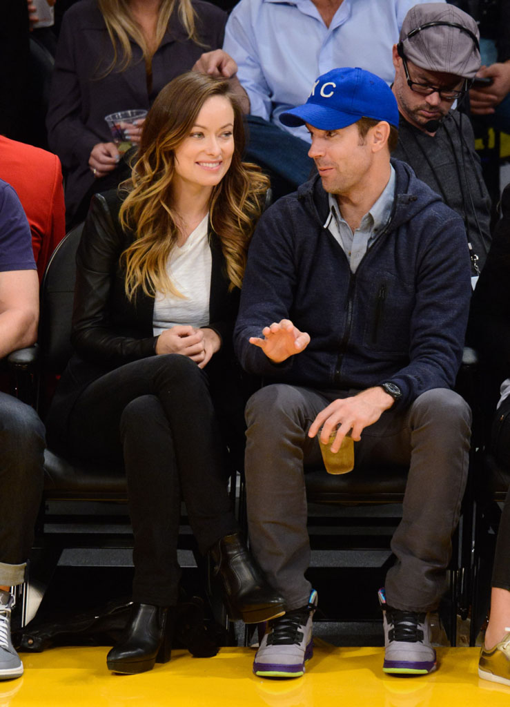 Jason Sudeikis Wearing 'Fresh Prince' Air Jordan 5 V (1)