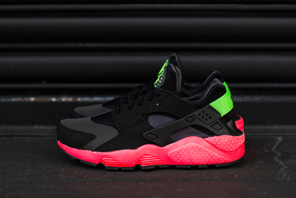 online store 80fd1 ac29f Nike Air Huarache  Hyper Punch  Arriving At Retailers