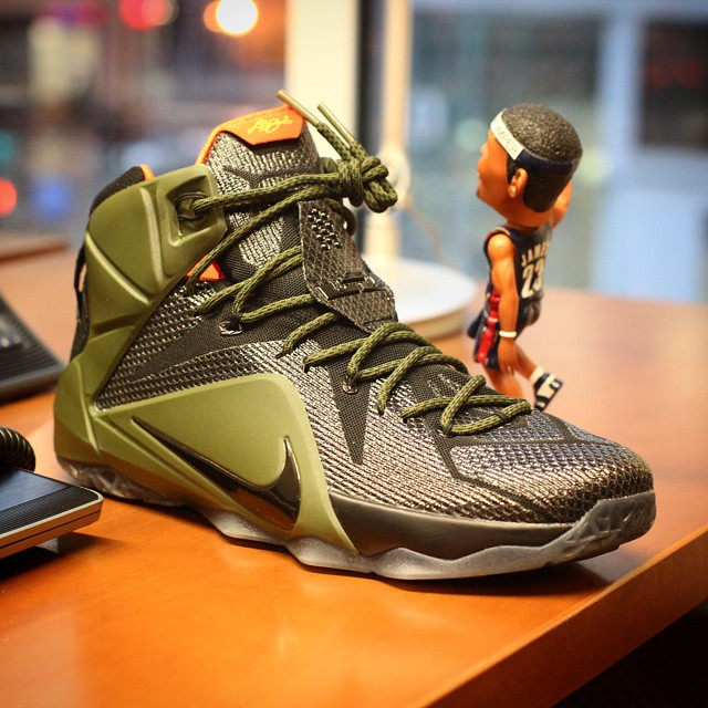wholesale dealer 9cc57 60c09 NIKEiD LeBron XII 12 by p pumper