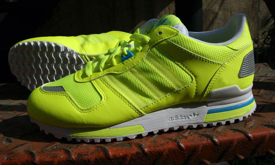 adidas zx 700 yellow