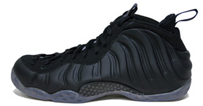 new product da048 9f096 Nike Air Foamposite One Blackout Stealth 314996-010 (1)