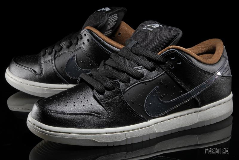 Nike SB Dunk Low QS Rain