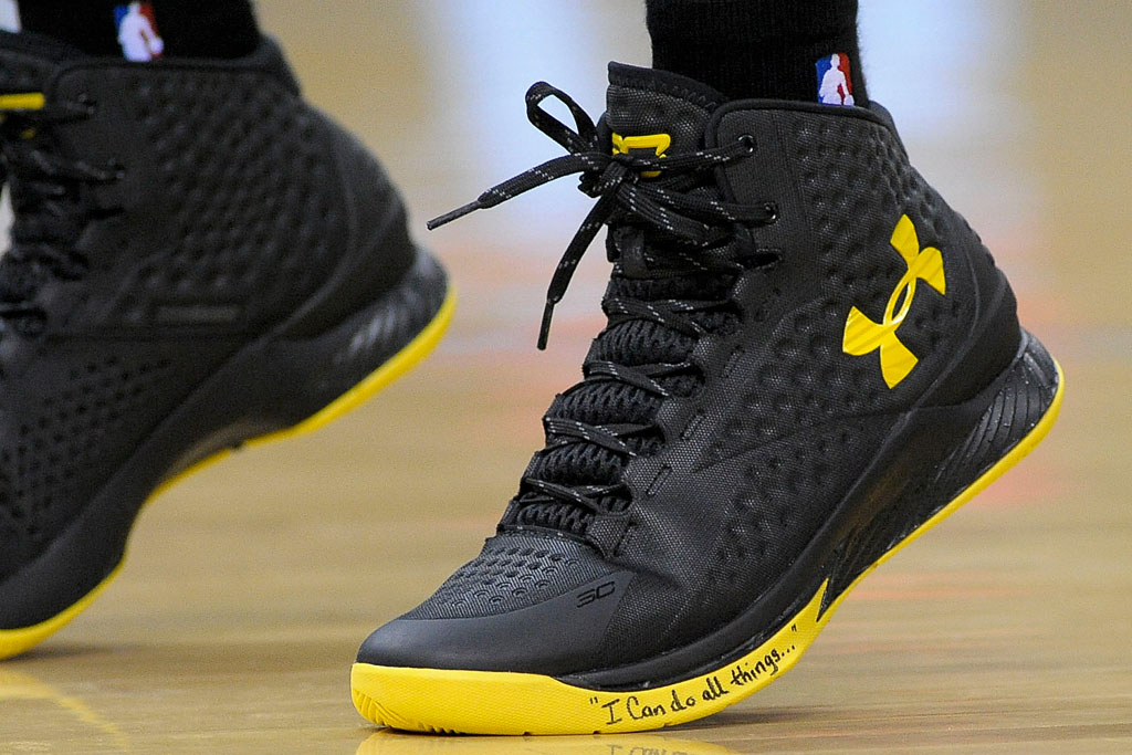 13228d9e8910 Stephen Curry wears Black Yellow Under Armour Curry One PE in Game 3 (5