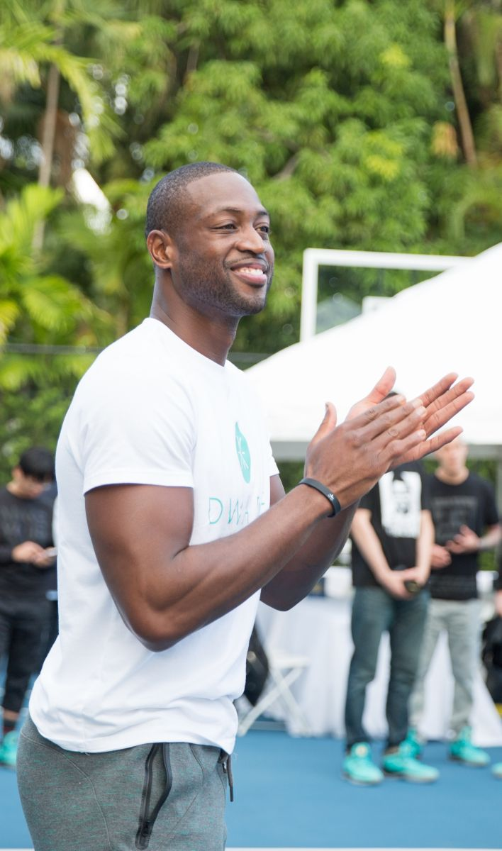 454a6fe5e03 Dwyane Wade Breaks Down Everything You Need to Know About the Li-Ning WoW 4
