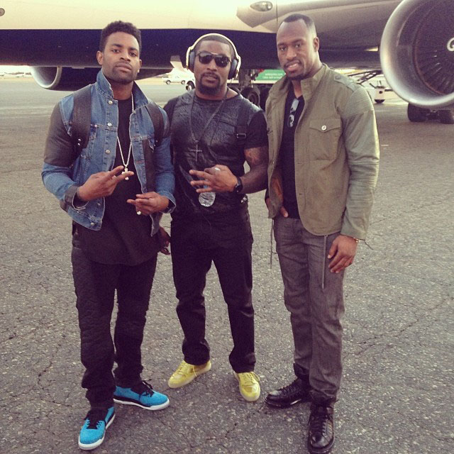 Michael Crabtree wearing Air Jordan 3 Powder