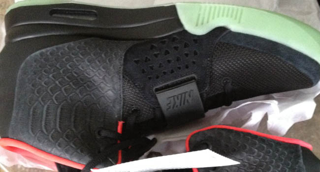 Nike Air Yeezy 2 - Black/Pink 2