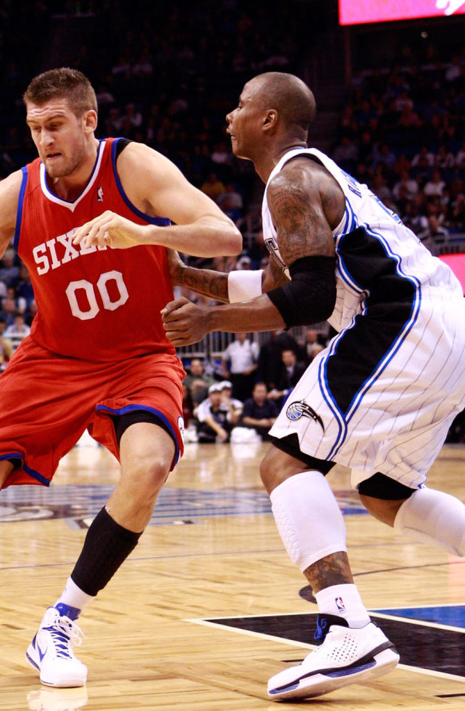 Quentin Richardson wearing Air Jordan 2010 Team Orlando Magic Home White/Black PE