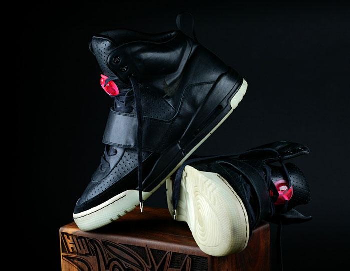 00ac6fe7c7023 Sample kanye west edition nike huarache 08. Unreleased Kanye West Shoes  Archive ...