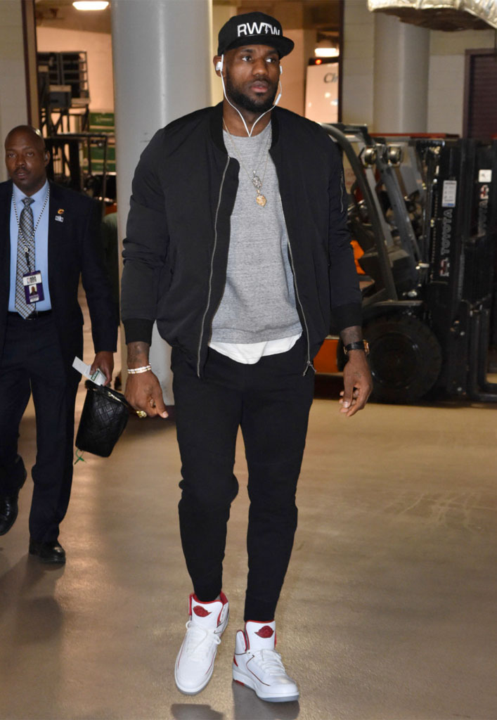 SoleWatch  LeBron James Showed Up to Tonight s Game in the Air ... b167477b0273