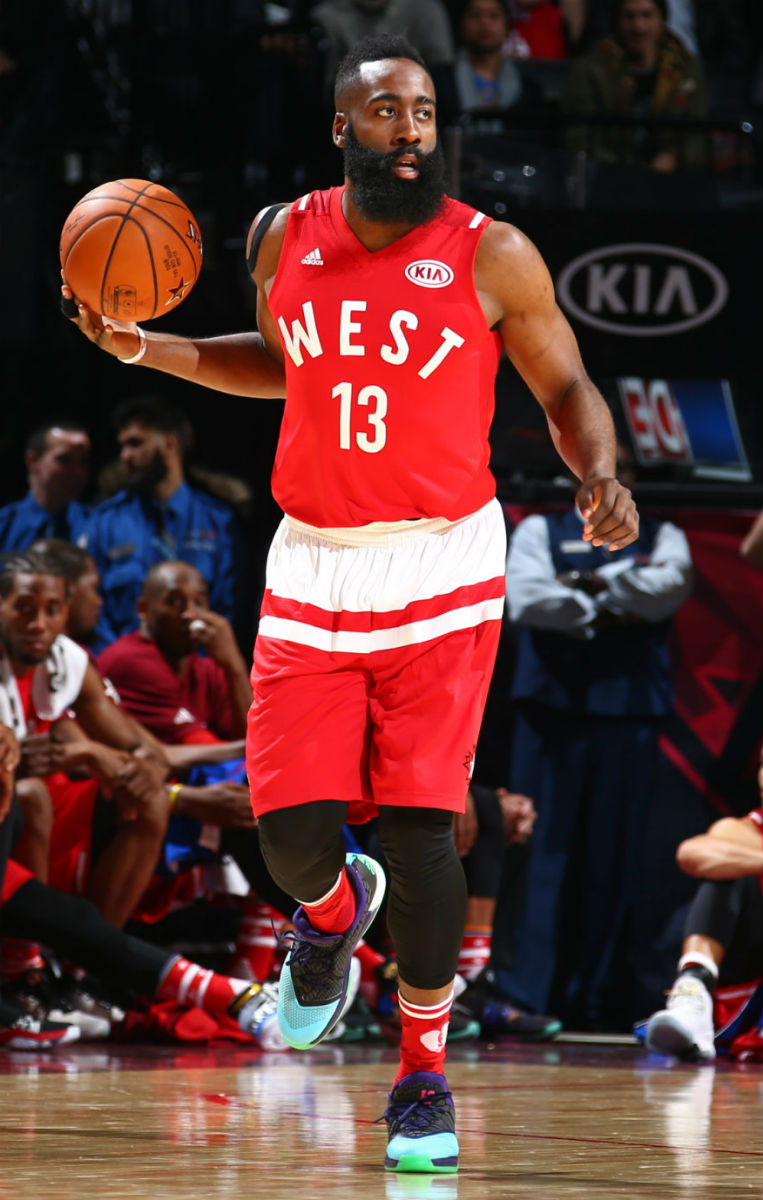James Harden Wearing the adidas Crazylight Boost 2.5 (1)