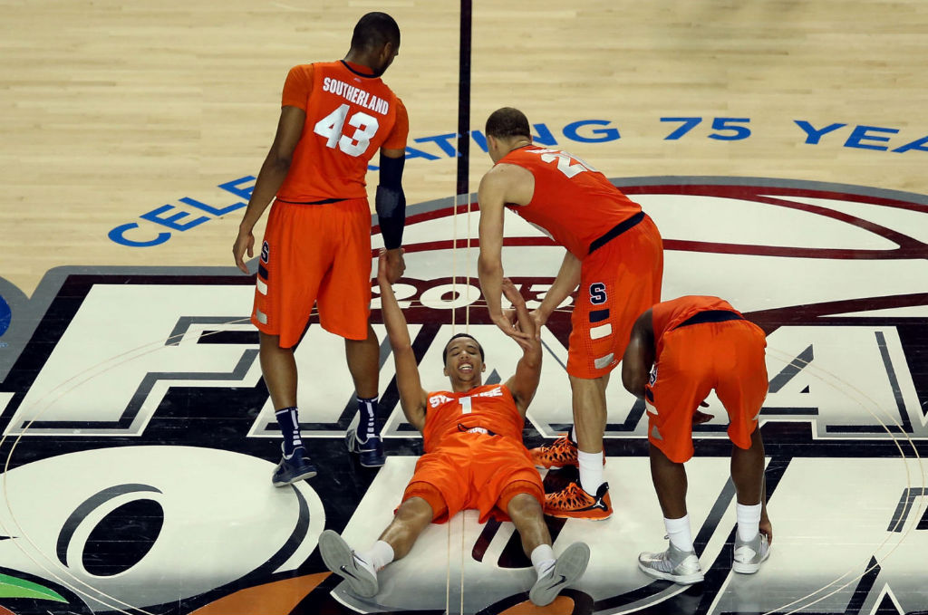 Syracuse Orange wearing Nike Basketball