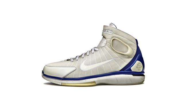 Nike s 20 Designs That Changed the Game series continues with the Air Zoom  Huarache 2K4. a57a5fb262