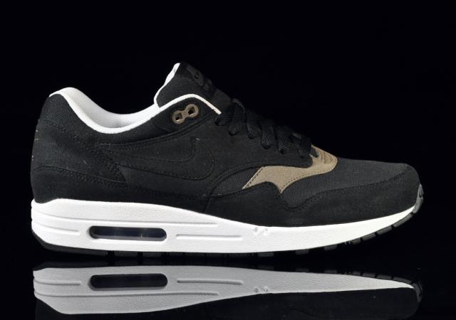new arrivals 628e6 d1191 Nike Air Max 1 - BlackBlack Smoke-White
