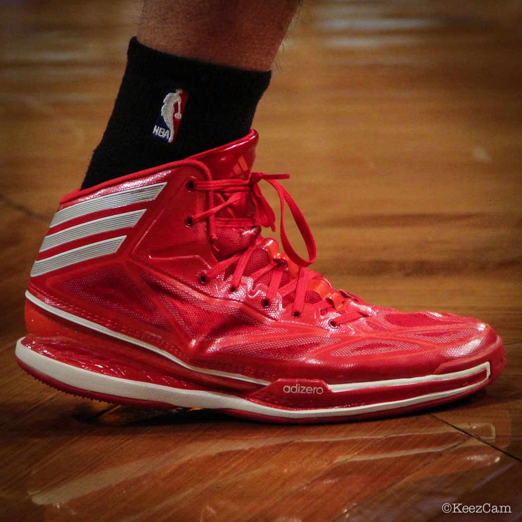 Jeremy Lin wearing adidas Crazy Light 3