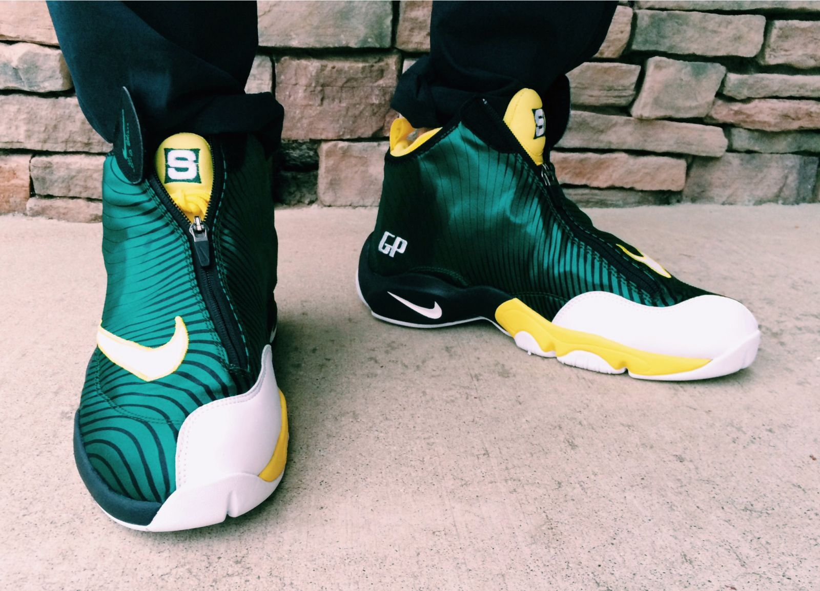 Nike The Glove On Feet