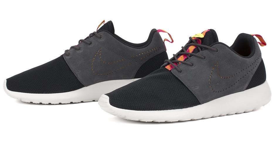 Nike Roshe Run  Suede and Mesh  - Black   Dark Charcoal - Pink Flourescent 39260a3c3