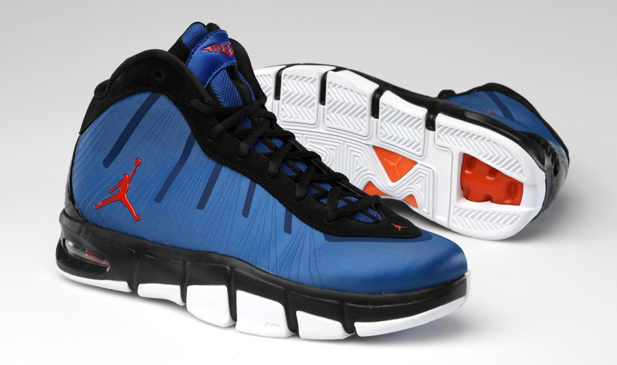 The History Of Carmelo Anthony S Jordan Brand Signature Line
