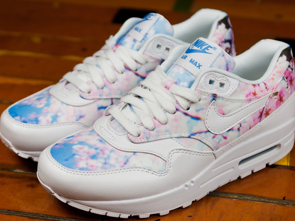 nike air max 1 print cherry blossom
