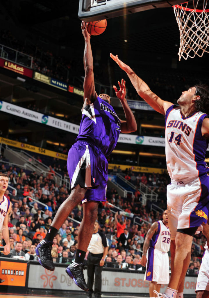 John Salmons wearing adidas adizero Crazy Light 2 Black Purple