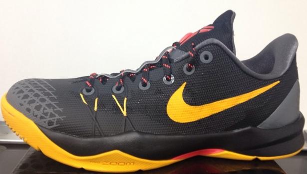 Nike Zoom Kobe Venomenon 4 Black/University Gold-Laser Crimson-Dark Grey