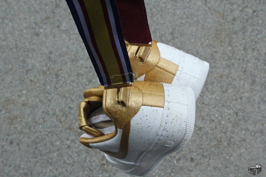 differently 6e3ce 0a26c Nike Air Force 1 Low Supreme TZ Gold Medal 516630-170 (7)