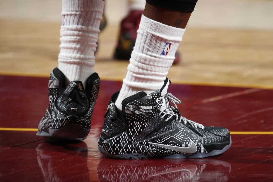 53696049fde SoleWatch  LeBron James Wears the  BHM  Nike LeBron 12