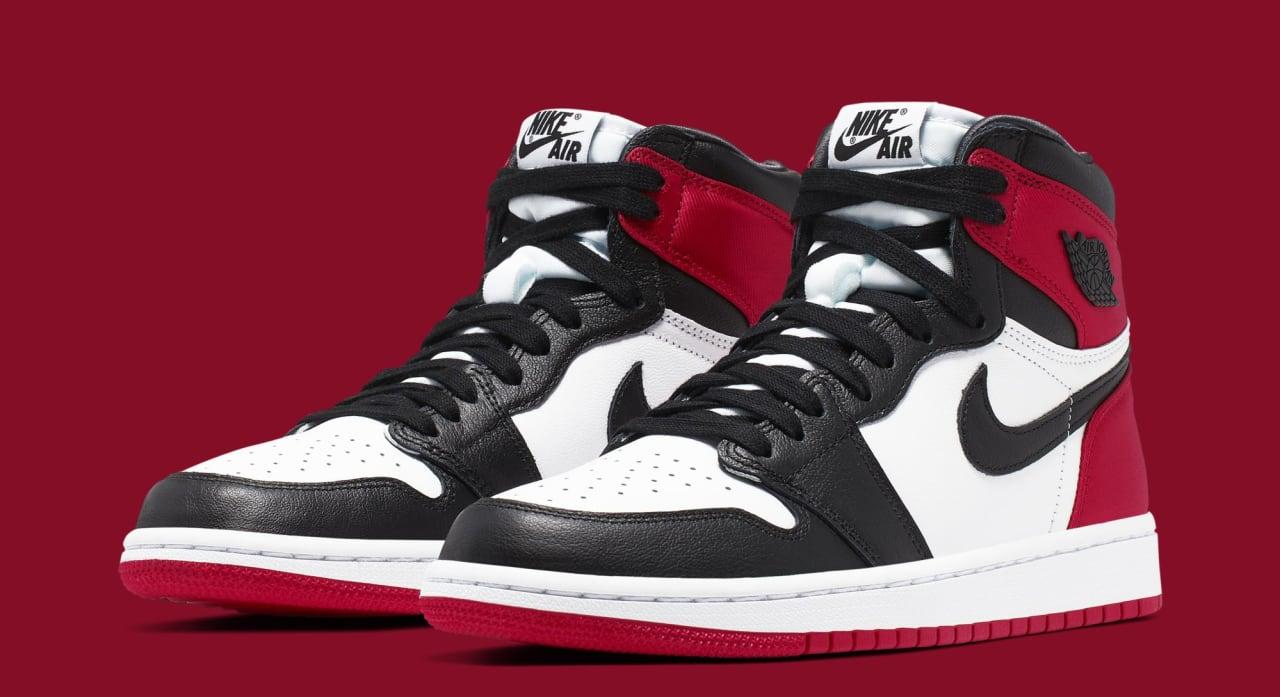WMNS Air Jordan 1 'Satin Black Toe