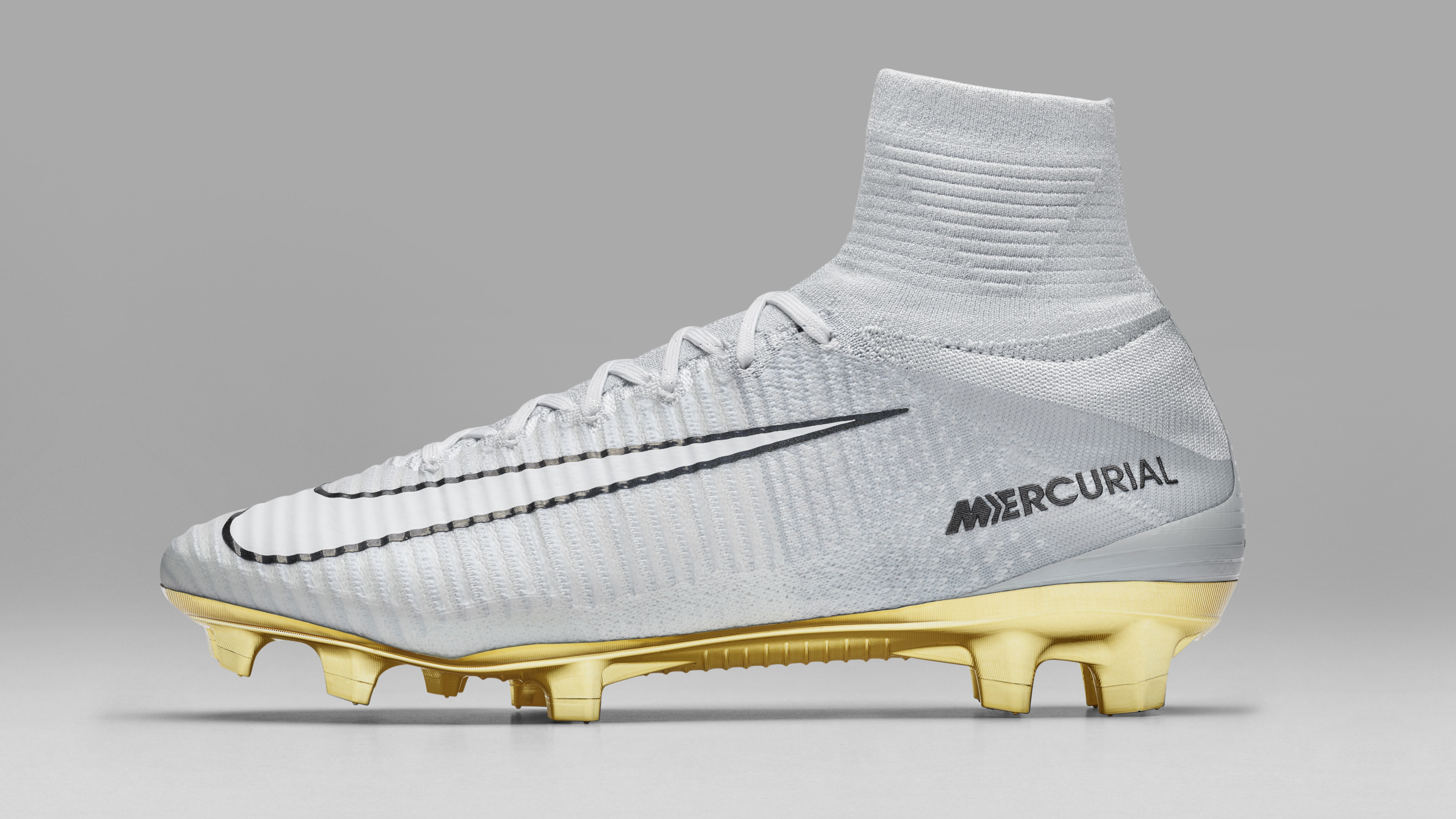 Nike Mercurial Superfly CR7 Vitorias profile