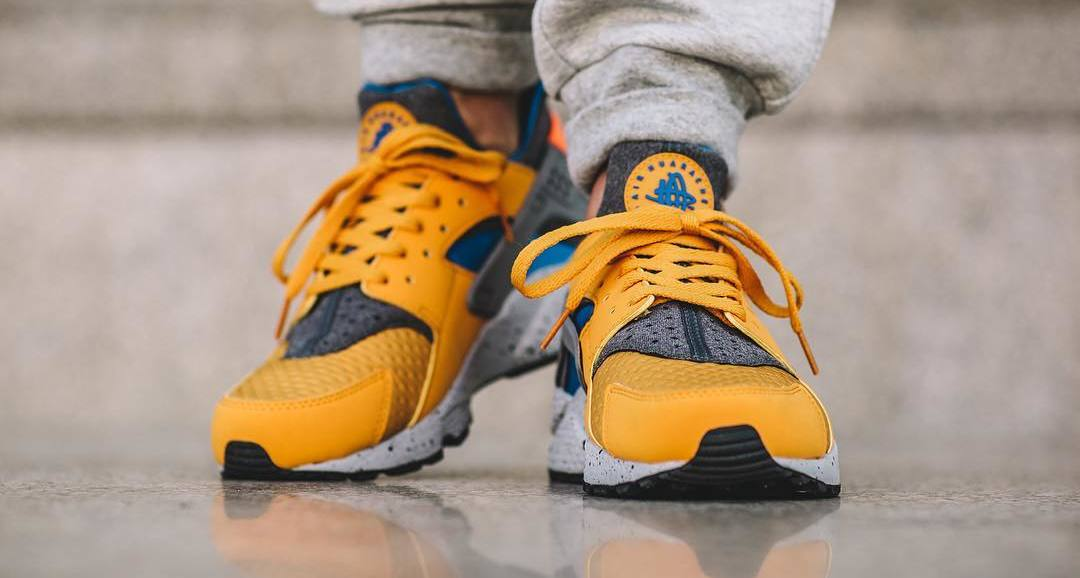 huge discount bb866 1b720 Nike Air Huarache