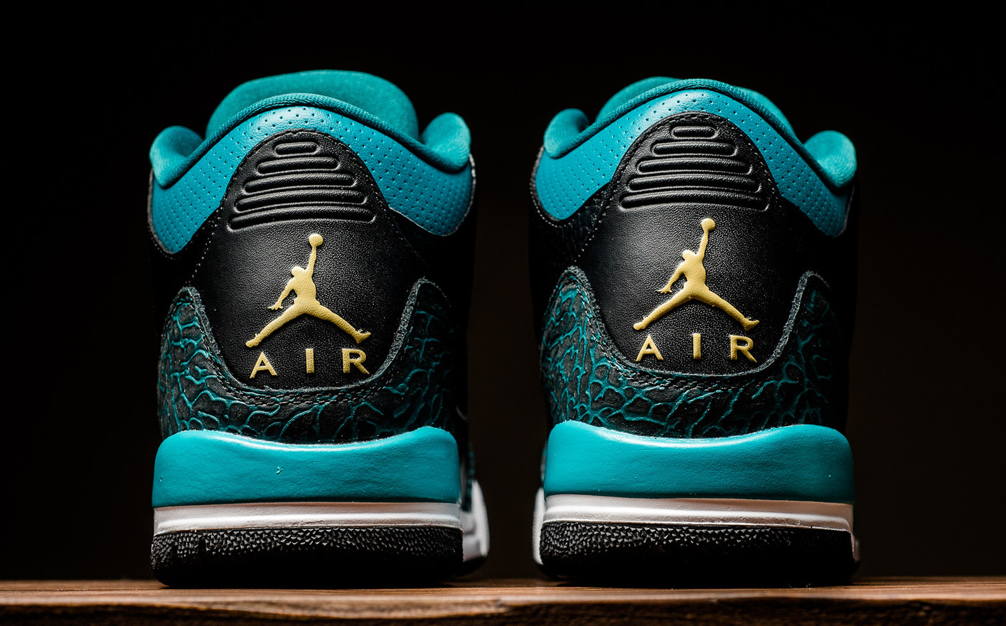 Air Jordan 3 GS Rio Teal Jaguars Release Date Back 441140-018